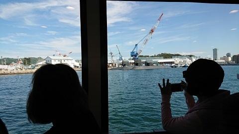 5 軍港めぐり 潜水艦2 - コピー.JPG